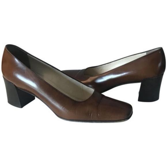 df907386b0f Prada leather square toe block heel pumps 8